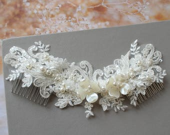 Bridal hair Comb,  Wedding Hair Piece, Lace Hair Piece,  Bridal Headpiece, Wedding  Accessories, Bridal Accessories, Wedding hair comb, UK