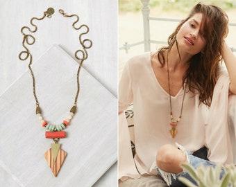 statement necklace, Pendant statement necklace, boho necklace, chunky necklace, boho chic jewelery, Island Kite Necklace | Coral