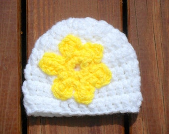 Baby Flower Hat, Baby Girl Hat, White Beanie, Newborn Girl Hat, Hat with Flower, Floral Cap, Baby Beanie, 3  Months Hat, 6 Months Hat