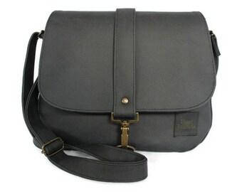 Black bag - bag minimalist - bag with flap - shoulder bag black - crossbody bag - fashion gift