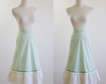 Vintage 50s Skirt, Seersucker Skirt, Green and White Striped Skirt, Ruffle Eyelet Hem, A Line Skirt, Preppy Summer Skirt,  XS Small Waist 25