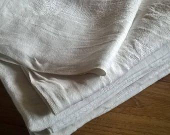 107) damask set of 11 white cloth napkins
