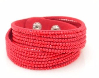 Could Crystal leather bracelets/choker