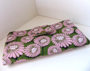 Must have wallet - Pink Daisy