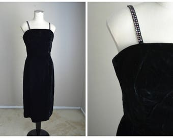 vintage 50s black velvet rhinestone wiggle sheath bombshell formal cocktail evening sexy gown dress LBD-- womens 36-28-39