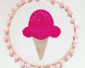 Pompom Icecream Walldecor Fuchsia