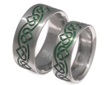 Irish Celtic Titanium Wedding Band Set - Celtic Rings - Chain of Hearts - Green Rings - stck28
