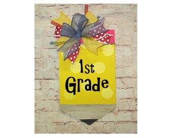 Classroom Pencil Door Hanger with Custom Grade or Class, Teacher Gift, Back to School, Schoolroom Decoration, Wood Sign, Wreath, Fall