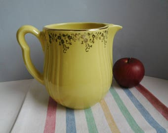Vintage Hall yellow pitcher jug 1940s Hall pottery Halls Superior Quality Kitchenware