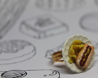 Plated Hot Dog with a Side of Chips Ring/ Summer BBQ Jewelry/ Junk Food/ Polymer Clay/ Fast Food/ Miniature Food