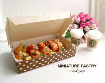 Miniature Pastry, High-Tea Tartlets, 1/12 scale Dollhouse Sylvanian Families Dolls Fake Food, DIY Craft Jewelry (see item details)