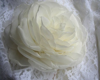 Wedding Hairpiece, Bridal Headpiece, Peony Flower, Ivory White Hair Clip, Simple Hair Flower, Bridal Hair Piece, Wedding Hair Accessories