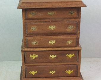 MINIATURE WOOD DRESSER, Traditional 1:12 Scale, Chest-on-Chest Style, Vintage Dollhouse Furniture