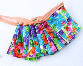 Retro Fabric Banner Bright Orange Pink Purple Flower Power Cloth Pennants Tiki
