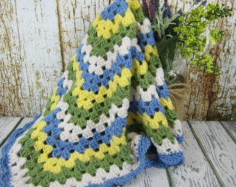 Crochet Baby Blanket, blue yellow white green, crochet baby boy/girl blanket, granny square blanket, baby shower boy/girl gift, crochet gift