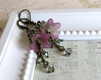 Soft Purple and Green Lucite Flower Earrings, Vintage Style Earrings, Romantic Earrings