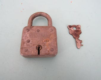 Vintage Master Lock No. 99 Padlock with Key Free Shipping