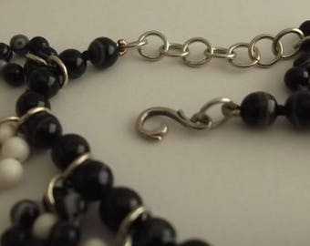 Black and white agate Bead Bracelet with pendants