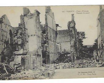 Verdun- Parade Ground, Vintage Postcard, La Guerre 1914-17, L. C. H.-Vise, Paris, WWI Bombardment,