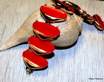 Vintage Bracelet Chunky Lipstick Red