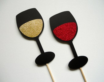 Glitter Wine Glass Photo Booth Props . Wine Photo Booth Props . Wine Glasses . White Wine . Red Wine . Cocktails . Set of 2