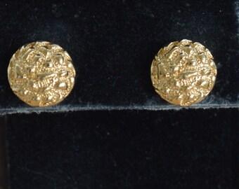 Gold tone 13mm Nugget Circle Stud Pierced Earrings, Vintage (AH9)