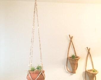 Vintage Shell Plant Hanger w/ Pot