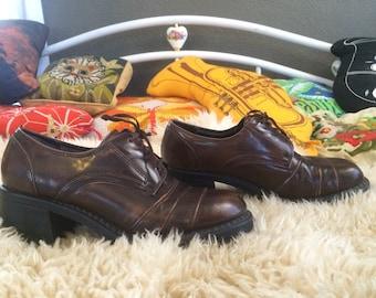 Vintage Leather Chunky Zodiac Boots Size 8.5