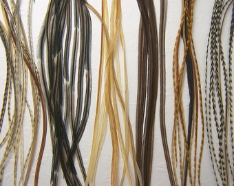 SALON PACK SKINNY Natural Feather Mix, Long Feather Hair Extensions, Grizzly Variant Feathers, 7 to 9 Inches Long