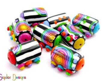 Contrast - 8 Handmade polymer clay beads - barrel beads - black & white stripes beads