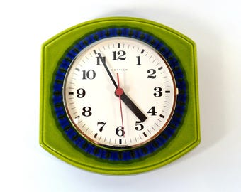 Vintage Wall Clock / Ceramic Wall Clock / Kitchen Clock / 70s Clock / Hettich Germany / Retro Wall Clock / Kitchen Decor / Vintage Watch