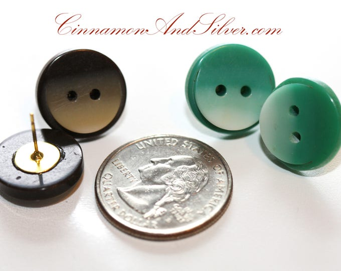 Green Upcycled Vintage Plastic Button Moon Earrings, Green 50s Retro Button Earrings, Upcycled Button Post Earrings in Green