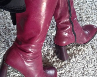 Real leather boots, made in Italy Bordeaux color