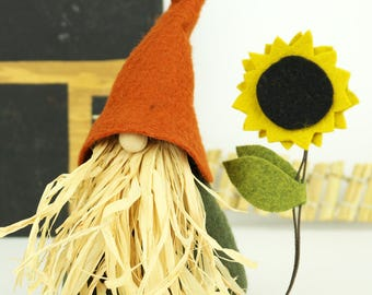 Thanksgiving Gnome and Sunflower, Scarecrow, Nordic Gnomes, Scandinavian, Thanksgiving Decorations, Fall Autumn Gnomes, Holiday Decorations