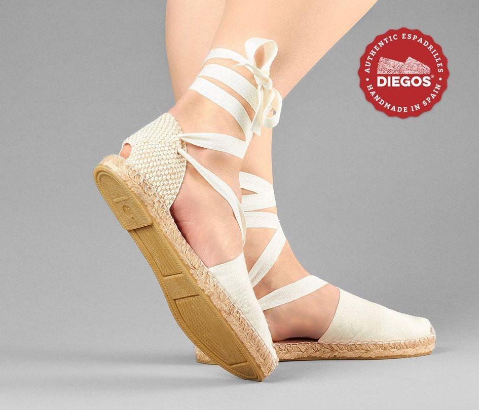 Espadrilles de Lola Diegos® Classic plat Ivoire chaussures fait à à à la main et cousu dans le nord de l'Espagne à la main   Les espadrilles seuleHommes t authentiques! 20870e