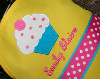 Personalized Sweet Cupcake on Yellow Apron - Kids Apron - Adult Apron - Yellow Apron - Cupcake Apron - Girl Apron - Mommy and Me Apron