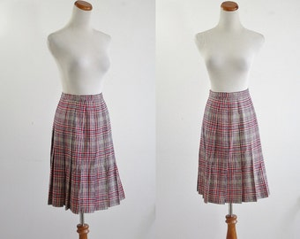 Vintage Pendleton Wool Skirt -- Pendleton Wollen Mills -- 70s Red & Blue Box Pleat Skirt -- 1970s Plaid Skirt -- Schoolgirl Skirt -- XS