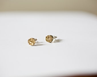 gold druzy earrings - gold druzy sparkle stud earrings - gold studs - gold druzy earrings - everyday earrings