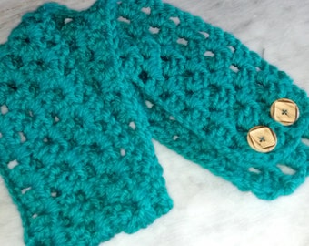 FREE SHIPPING Crocheted Neckwarmer