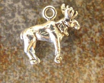 Sterling silver MOOSE charm. 3 D charm. 15 x 15mm. Solid Sterling silver charm pendant. Moose pendant