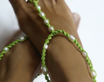 Spring Green Barefoot Sandal, Pearl Anklet, Foot Jewelry, White Pearls, 1 Pair, SALE