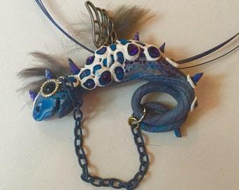 Furry dragon bead-