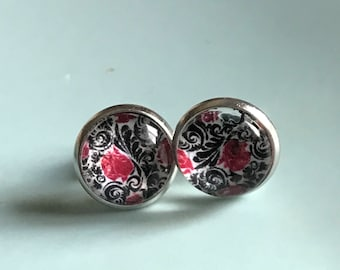 Red and Black Floral cabochon earrings- 12mm