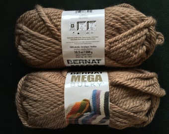 BERNAT MEGA BULKY in Toasty Grey 88017  Net Wt. 10.5 oz ~ 300 g ~ 64 Yds ~ 58 m ~Super Bulky (6) ~Scarf Yarn ~Blanket Yarn ~Mega Bulky Yarn