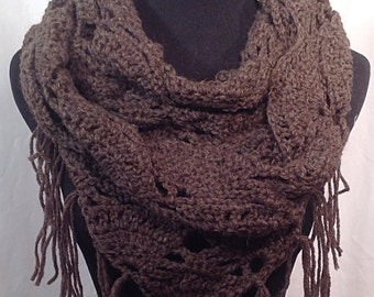 Triangle-Stitch Fisherman's Wool Infinity Crochet Scarf