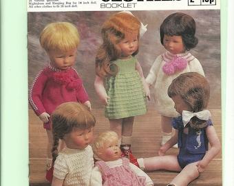 vintage knitting pattern dolls clothes