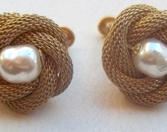 MIRIAM HASKELL Vintage Earrings Creamy Baroque Pearls Russian Gold Mesh