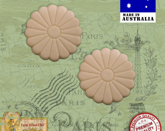 2 x Gorgeous Shabby Chic French Furniture Appliques Pretty Flower Centers Provincial Applique, Decorations, DIY French Style Furniture