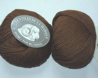 5 balls pure baby alpaca chocolate brand Textiles