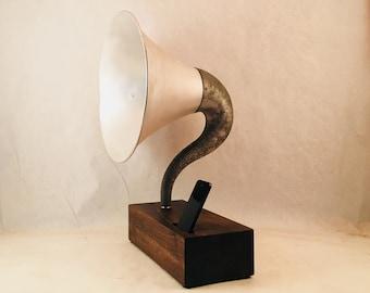 Acoustic Speaker, iPhone Speaker, Gramophone Speaker, Wireless Speaker, iPhone Amplifier, iPhone Amp, iPhone Stand, iPhone Dock,